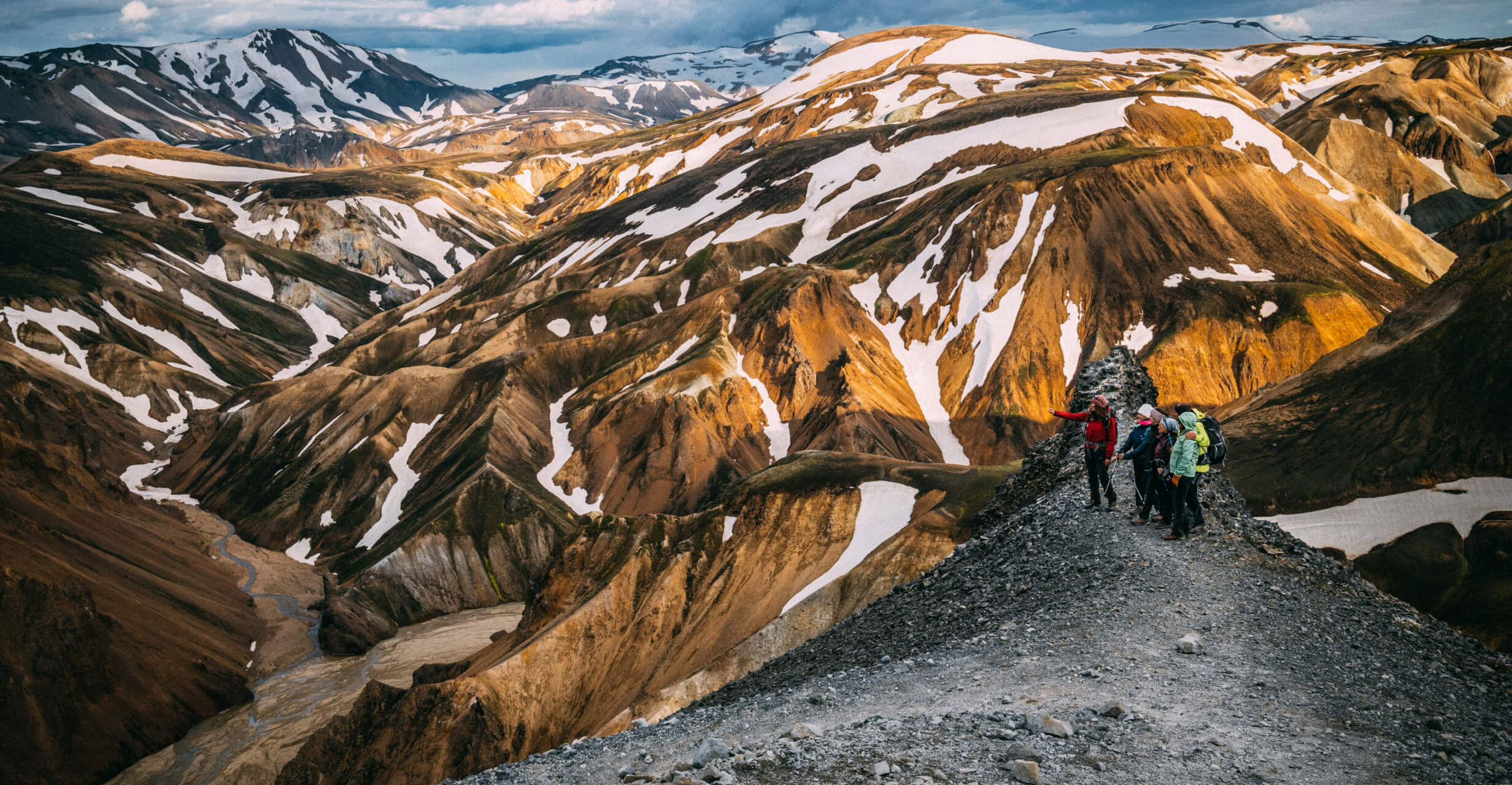 The guide showing the majesty of the Valley of Landmannalaugar.