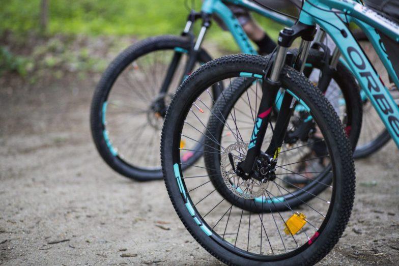 Bike Hike Tours full suspension mountain bike.