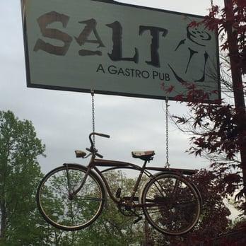Salt Gastropub in Stanhope