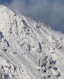 Avalanche lake tahoe