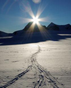yoho skiing ski traverse