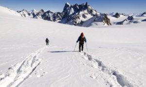 Skiing La Vallee Blanche