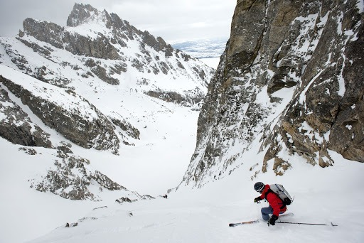 Dropping in the couloir
