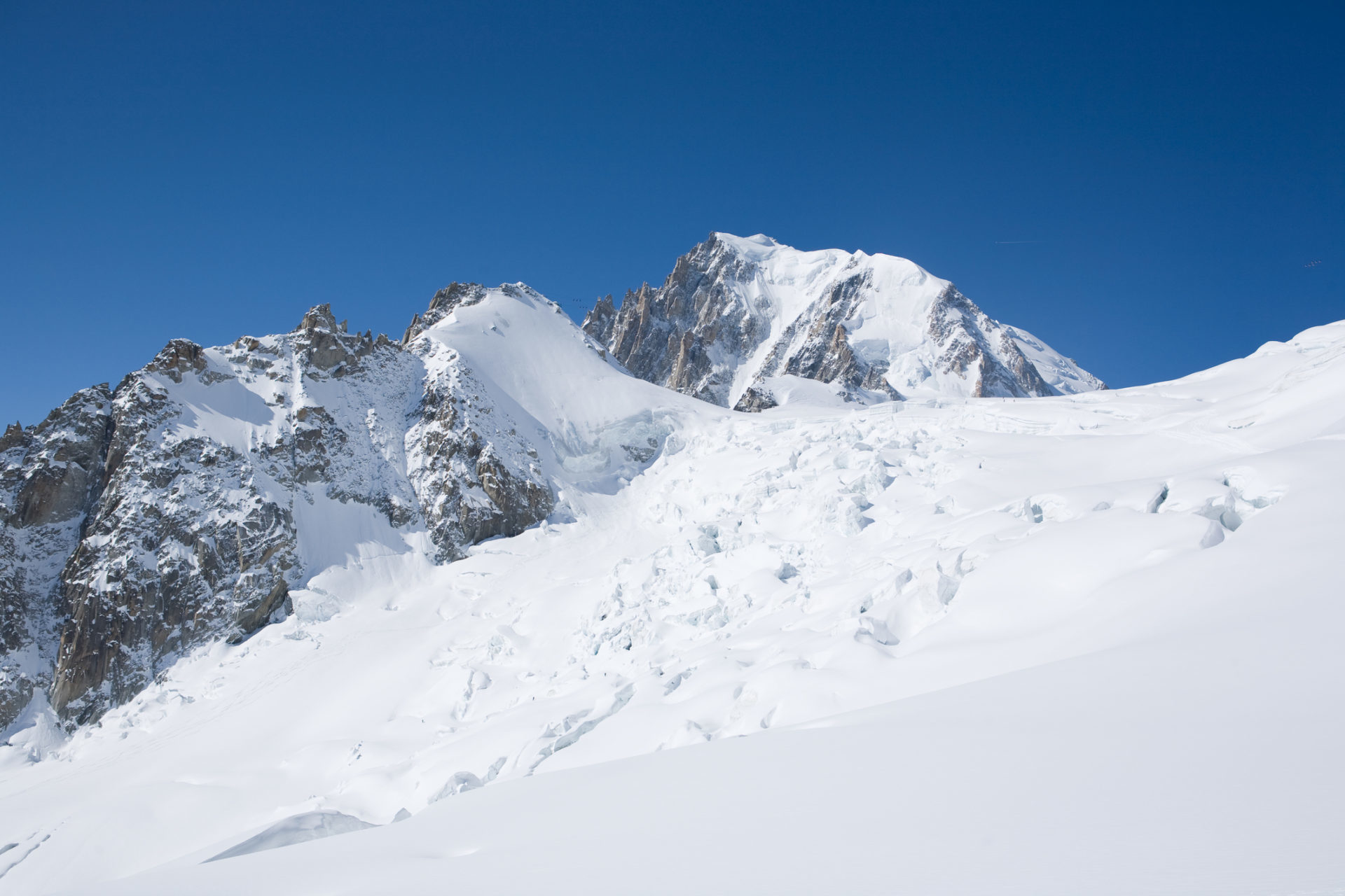 Backcountry skiing in La Vallee Blanche