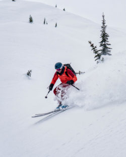 Rogers Pass backountry skiing