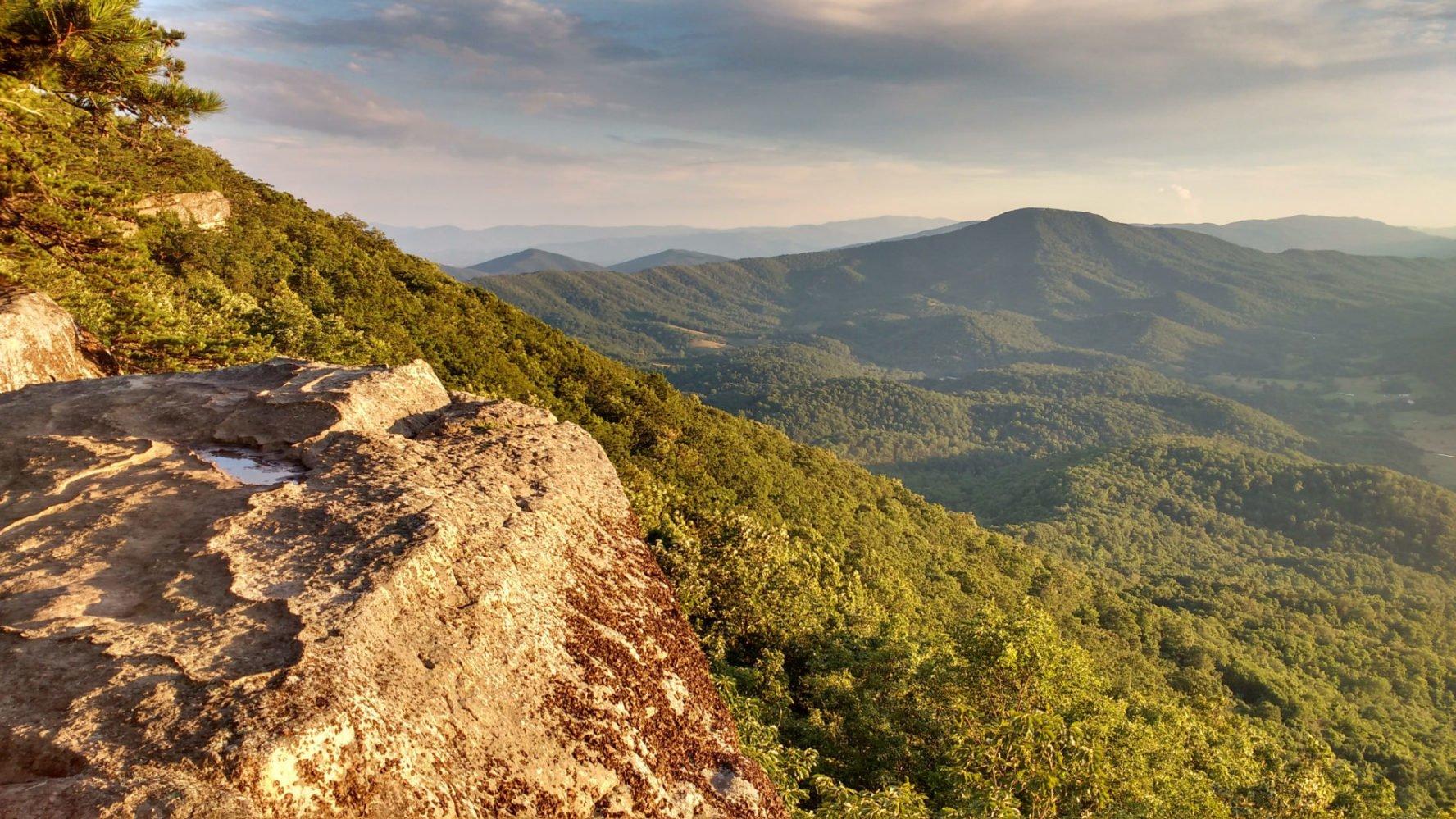 Tinker Cliffs Views