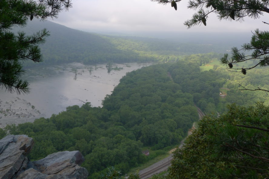 weverton cliffs hiking