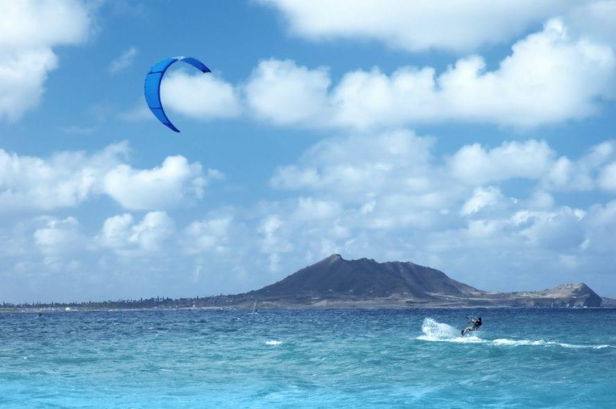 Oahu kiteboarding