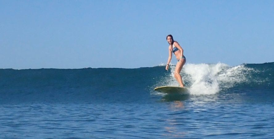 Nosara surfing