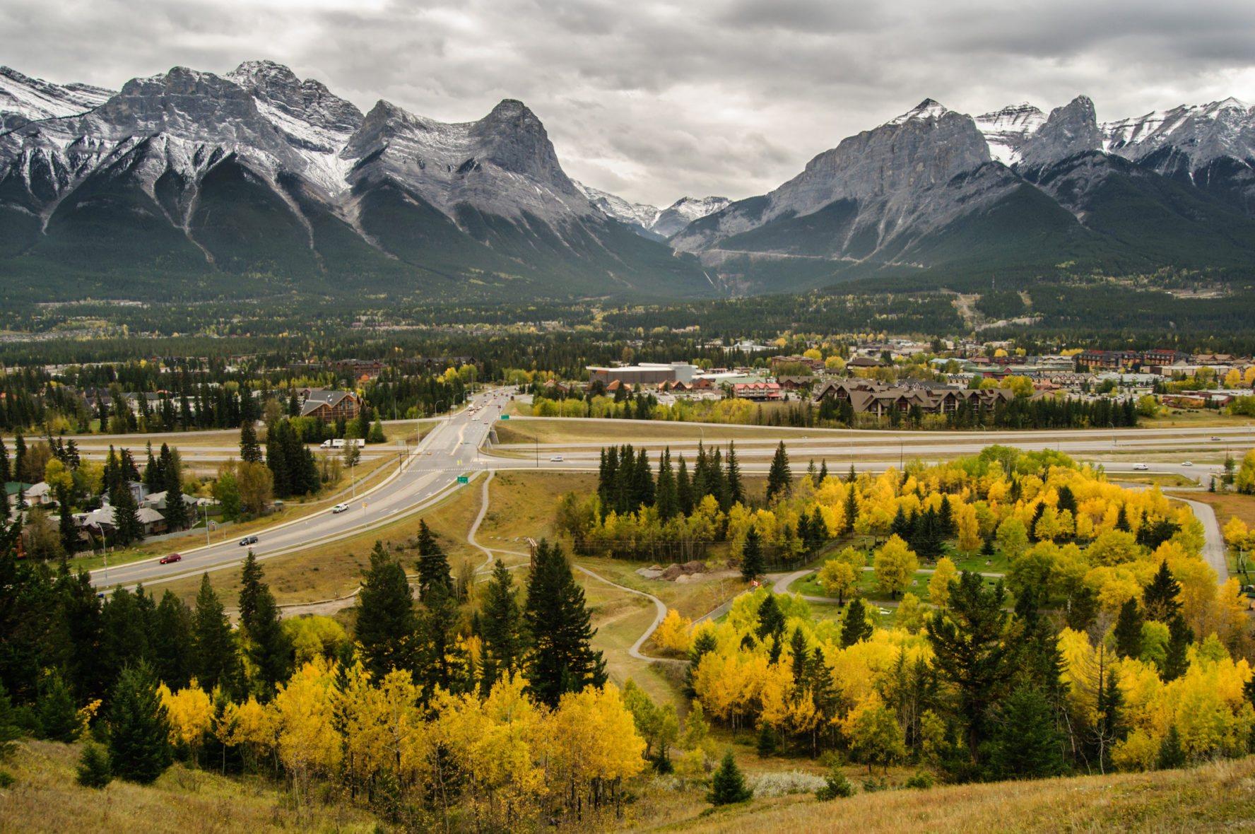 Canmore Climbing