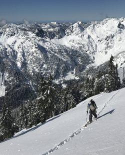 Snoqualmie Washington backcountry skiing