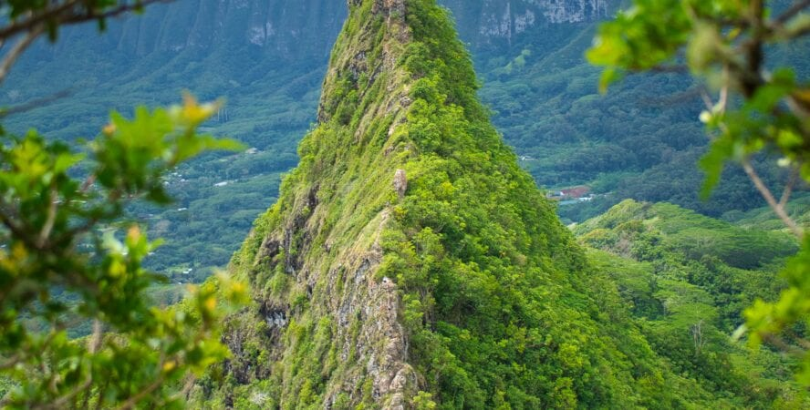 hiking oahu