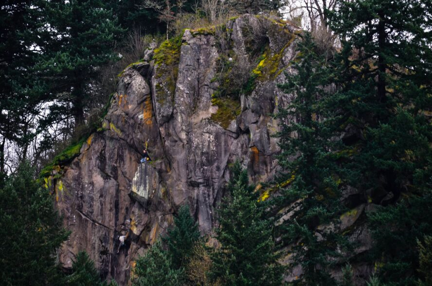 Broughton Bluff is a surprisingly fun crag near the mouth of the Sandy River and the wilderness of the Columbia River Gorge