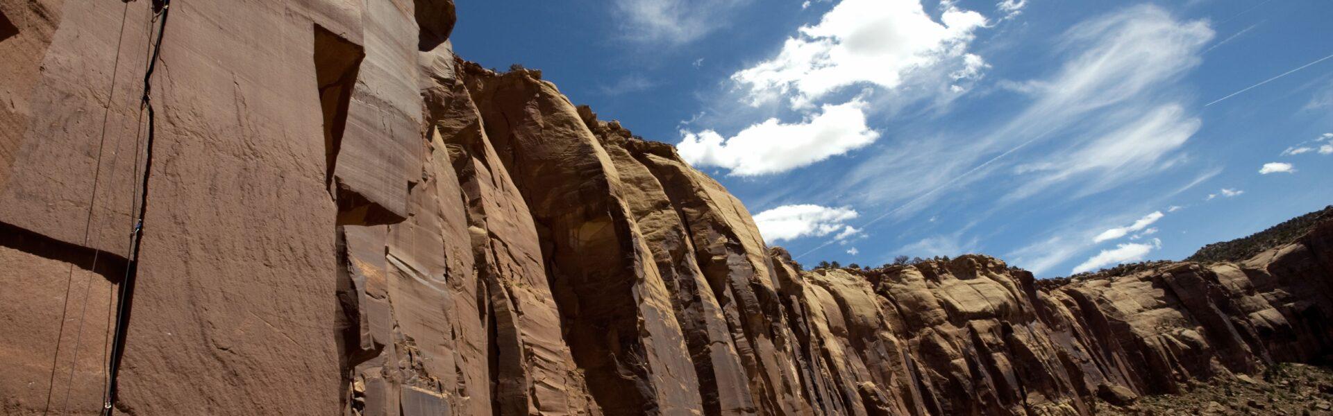 Rock-Climber-Indian-Creek-Jolly-Rancher-min